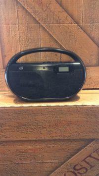 FM- AM RADIO HIDDEN WIFI CAMERA Image